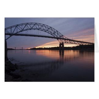 Cartão Ponte de Sagamor sobre o canal de Cape Cod,