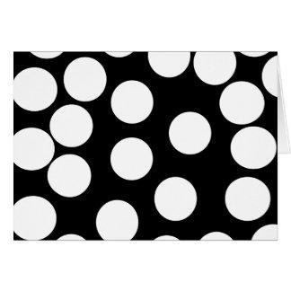 Cartão Pontos grandes em preto e branco.