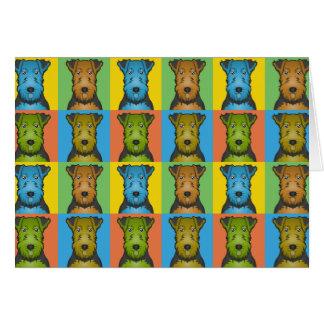 Cartão Pop art dos desenhos animados do cão de galês