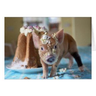 Cartão Porco engraçado e o bolo