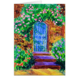 Cartão Porta de madeira azul bonita ao jardim de rosas
