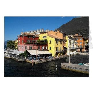 Cartão Porto em Malcesine no lago Garda em Italia