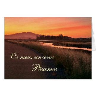Cartão Português: O por do paisagem de Pesames e faz o