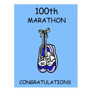 Cartão Postal 100th Parabéns da maratona, azuis