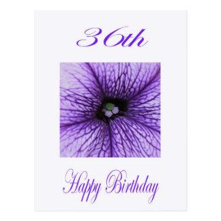 Cartão Postal 36th flor feliz do roxo do aniversário