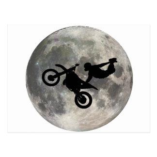 Cartão Postal A bicicleta saltada sobre a lua