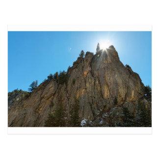 Cartão Postal A garganta de Boulder reduz o pináculo