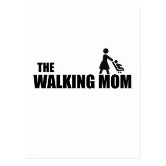 Cartão Postal A mamã de passeio