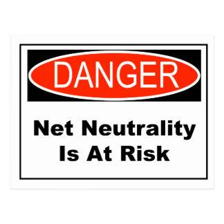 Cartão Postal A neutralidade líquida é em risco