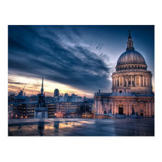 Cartão Postal A noite cai sobre a catedral de St Paul, Londres