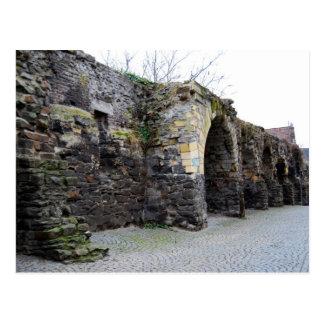 Cartão Postal A parede romana velha da cidade