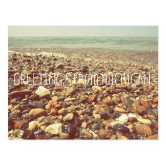 Cartão Postal A praia do Lago Michigan balança o mar da linha