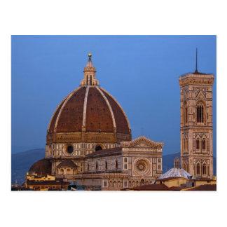 Cartão Postal Abóbada de Santa Maria del Fiore Catedral em morno