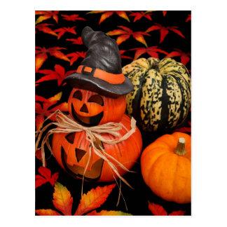 Cartão Postal Abóboras do Dia das Bruxas do outono e folhas da
