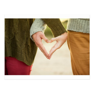 Cartão Postal Acople a factura de um símbolo do coração com suas