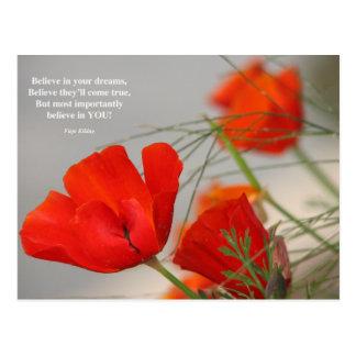 Cartão Postal Acredite a papoila do vermelho do poema
