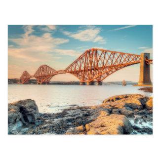 Cartão Postal Adiante ponte no por do sol