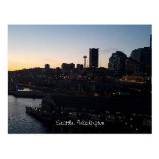 Cartão Postal Agulha do espaço de Seattle Washington na noite
