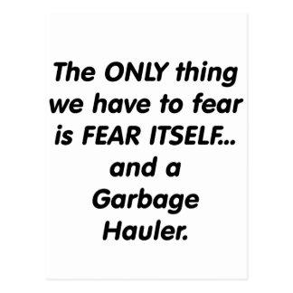 Cartão Postal Alador do lixo do medo