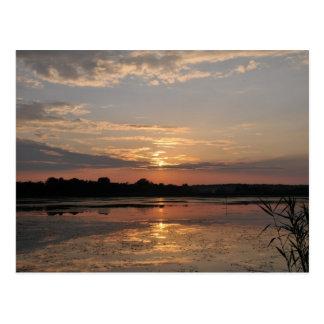 Cartão Postal Alegrias do verão, por do sol no condado de