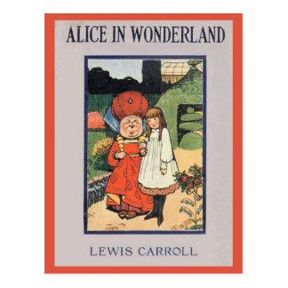 Cartão Postal Alice no cobrir do país das maravilhas