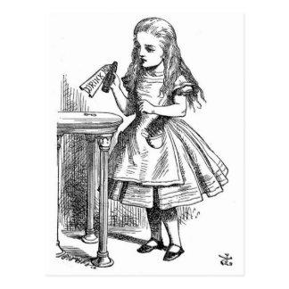 Cartão Postal Alice no país das maravilhas bebe-me