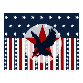 Cartão Postal Americano patriótico da águia americana da