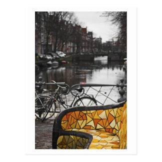 Cartão Postal Amsterdão - sofá em Nieumarkt