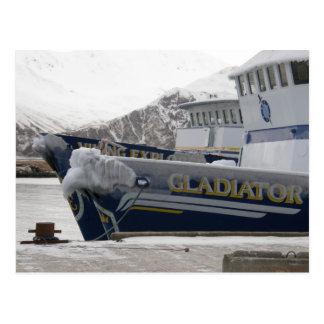 Cartão Postal Âncoras com pulverizador do congelando, porto