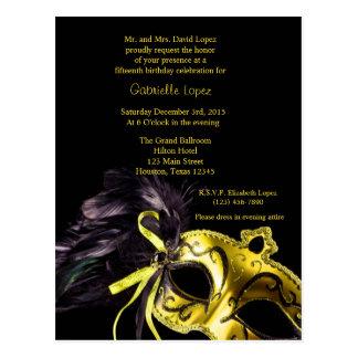Cartão Postal Aniversário amarelo de Quinceanera da bola de