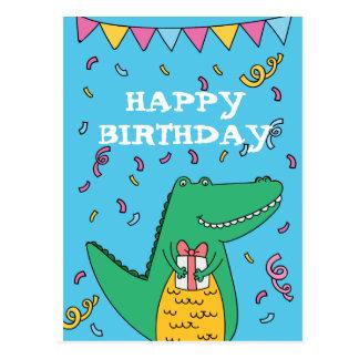 Cartão Postal Aniversário bonito do crocodilo dos desenhos