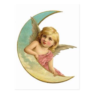 Cartão Postal Anjo do vintage na lua crescente