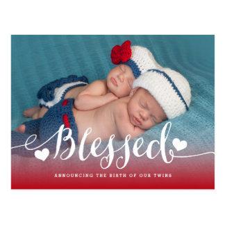 Cartão Postal Anúncio abençoado do nascimento da foto dos gêmeos