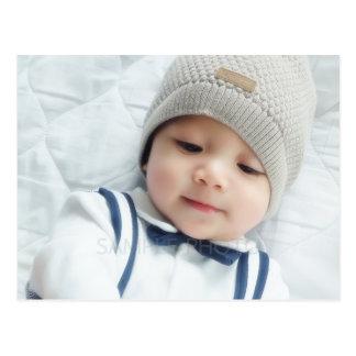 Cartão Postal Anúncio do nascimento com a foto recém-nascida