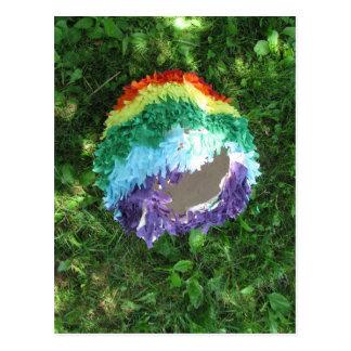 Cartão Postal Arco-íris Piñata após o partido