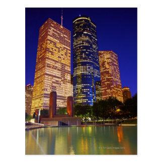Cartão Postal Arranha-céus em Houston do centro refletido dentro