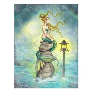 Cartão Postal Arte da fantasia da sereia e da lua por Molly