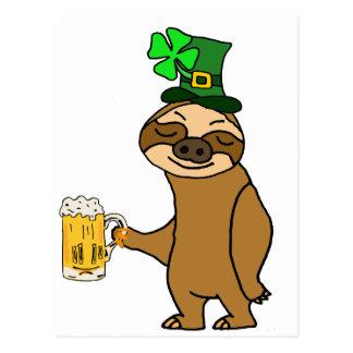 Cartão Postal Arte do dia de St Patrick engraçado da cerveja do