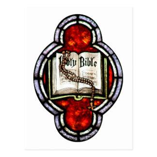 Cartão Postal Arte do vitral da Bíblia Sagrada e do rosário