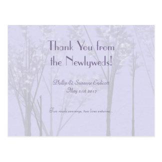 Cartão Postal Arte elegante da árvore da lavanda dos Newlyweds