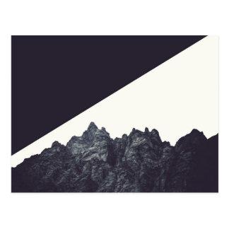 Cartão Postal Arte preto e branco moderna da montanha rochosa