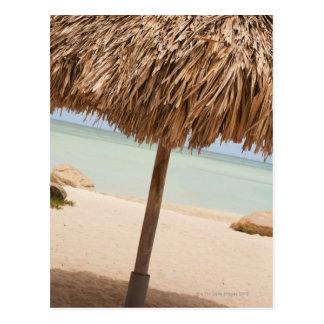 Cartão Postal Aruba, palapa na praia