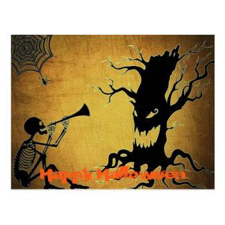 Cartão Postal Árvore assustador, Cobweb, e o Dia das Bruxas de