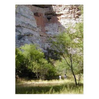 Cartão Postal Árvores de grama indianas do penhasco do castelo