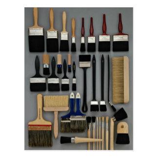Cartão Postal As escovas do decorador em tamanhos diferentes
