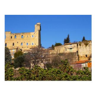 Cartão Postal As ruínas do verão do papa fortificam dentro