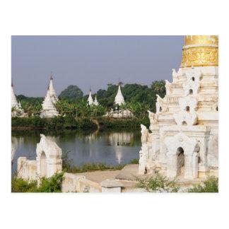 Cartão Postal Ásia, Myanmar (Burma), Mandalay. Um budista