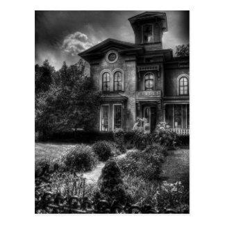 Cartão Postal Assombrado - casa assombrada