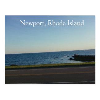 Cartão Postal Através da estrada em Newport, Rhode - ilha