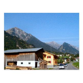 Cartão Postal Áustria, Zillertal Woodmill e montanhas